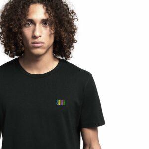 SOUTH by Noctū Small Logo – Black T-shirt
